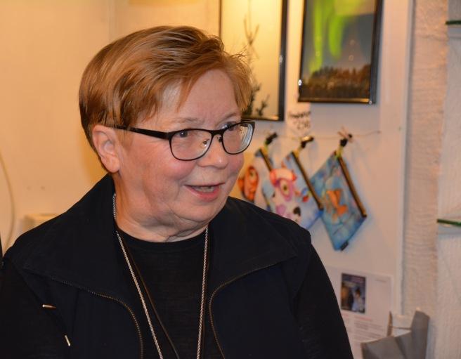 Forlegger, oversetter og djevelrokke-ekspert, Rauni Magga Lukkari. Foto: Elin Margrethe Wersland.